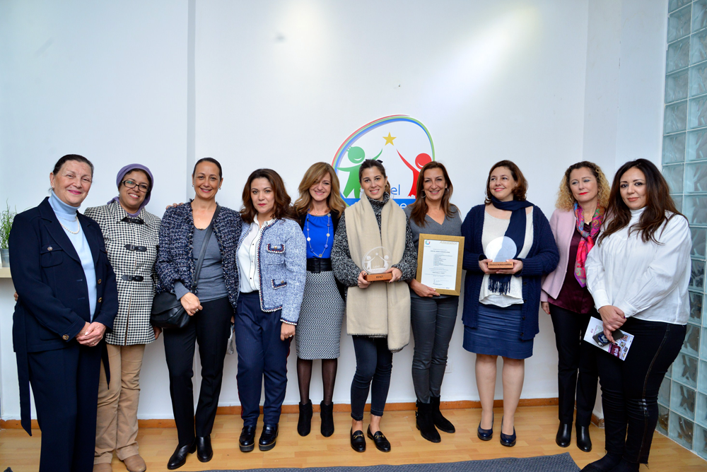 In Morocco, AFNOR has built a quality standard for private crèches. The Child Care Label rewards those that properly adhere to it, for example in Casablanca.